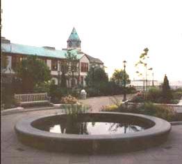 photo of fountain base at World Trade Centre